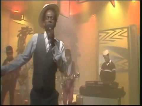 Gregory Isaacs – Night Nurse