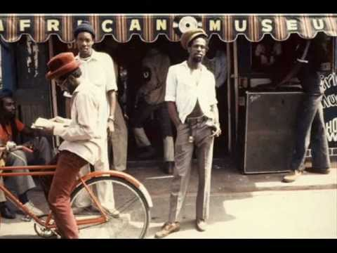 Gregory Isaacs – Promises