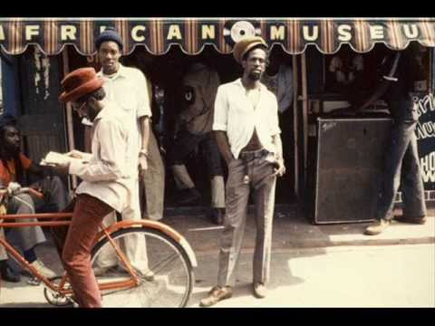 Gregory Isaacs – Touch And Go