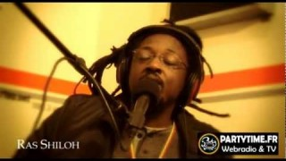 Ras Shiloh – Freestyle at PartyTime 2011 -@- Youreggae.com