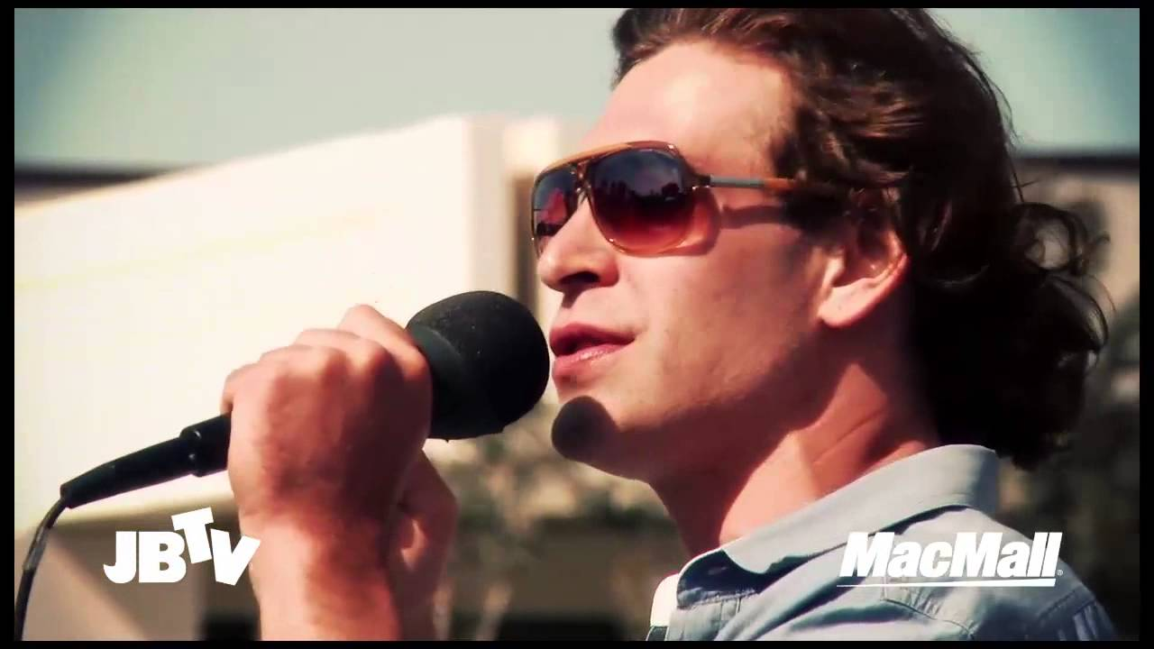 Matisyahu Concert – One Day & No Woman No Cry – Official