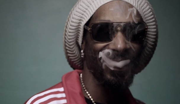 Snoop Lion & Collie Buddz – Smoke The weed – Official video HD