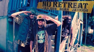 Jah Sun feat. Jahricio & Noah – No Retreat – Official Video 2014