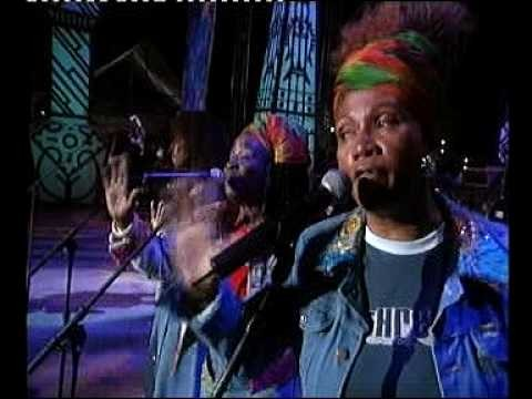 Queen Latifah in Bob Marley Memory – Official Video