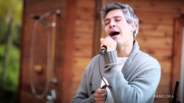 Matisyahu – Watch The Walls Melt Down – Live From The Pandora House At SXSW