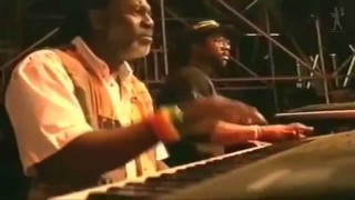 Alpha Blondy – Brigadier Sabari – Official Video Live HD