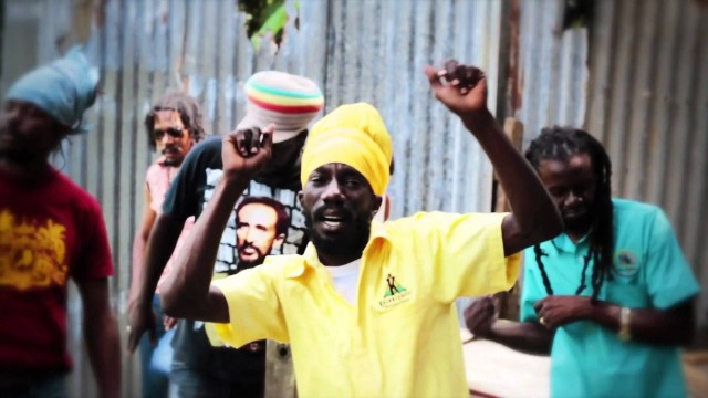 General Knas & Sizzla – Good For The World – Official Video HD