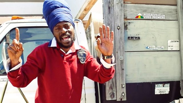 Perfect Giddimani – Born African – Official Video HD