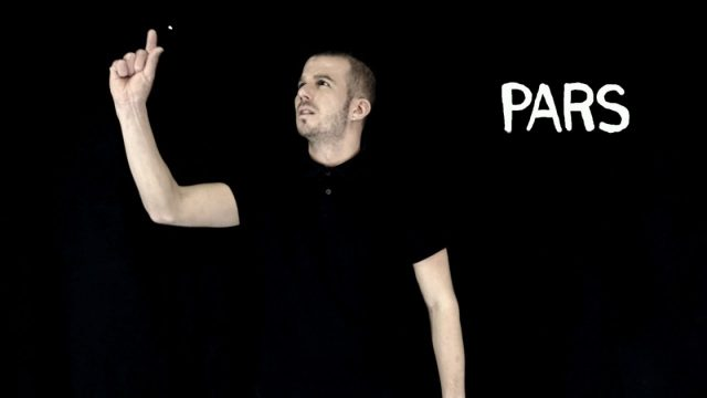 Danakil – Pars (Official Video) in sign language
