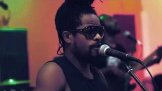 EarthKry – Tables Turn (Live in Studio)