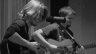 Naâman – I'm Alright – Session Acoustique