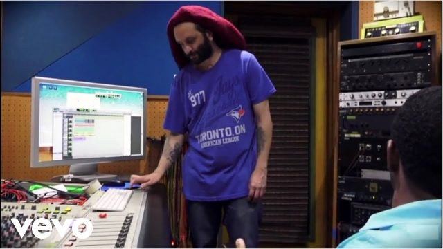 Alborosie – Rastafari Anthem (acoustic)