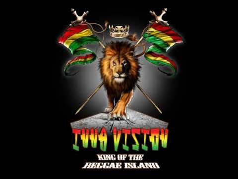 Inna vision – Lion on the patrol